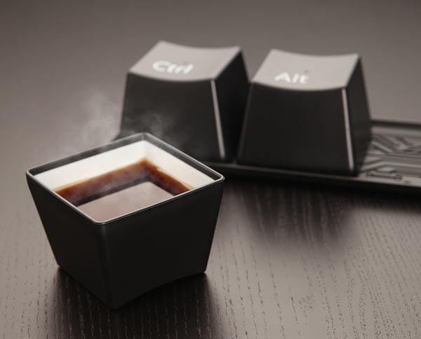 e79b-ctrl-alt-del-cup-set-table.jpg